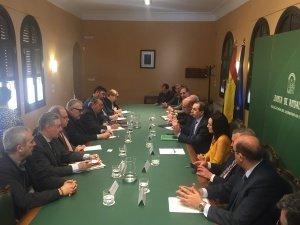 foto reunión delegación 10 de marzo (palacio de Torrijos)
